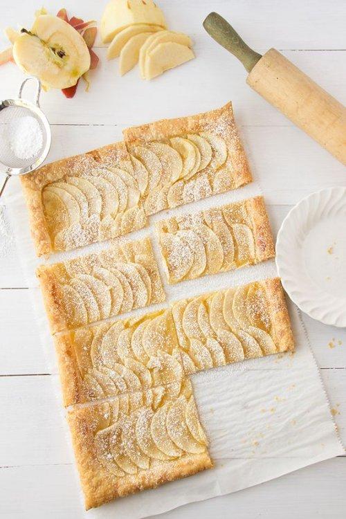 Tarta de hojaldre y manzana sin crema